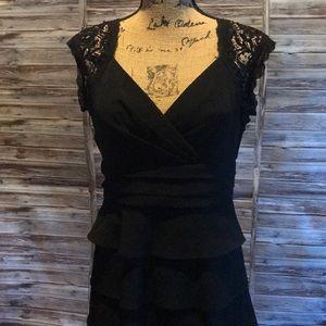 Jessica Howard Black Dress D26